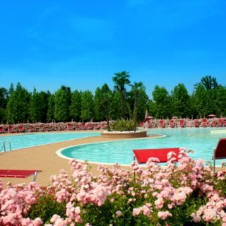 LA PERGOLA COUNTRY CLUB – Nord Piscine