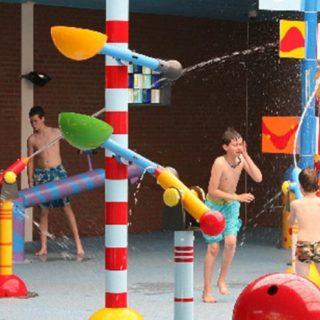 Lagune ricreative, Spray Park, giochi d'acqua, giochi spruzzanti, bersagli mobili basculanti, cannoni spara-acqua per piscina